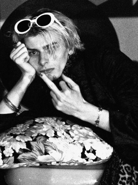In Bed with Kurt: Juvenile Journal Reinterprets Kurt Cobain Style