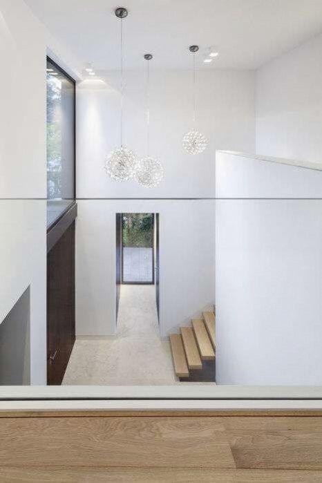 Ein Einfamilienhaus Schafft Bezuge Zwischen Innen Und Aussen Und Mit Dem Ort In 2020 Einfamilienhaus Backstein Haus Architektur