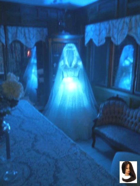 Halloween House 2020 Decor #fall room decor #Halloween #Haunted #house #Ideas in 2020