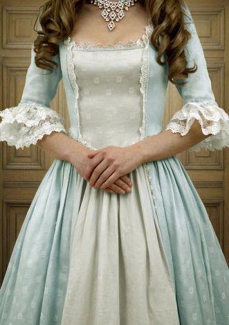 New dress vintage 1800 gowns ideas dresses victorian New dress vintage 1800 gowns ideas - Moyiki Sites 1800s Dresses, Old Dresses, Pretty Dresses, Vintage Dresses, Beautiful Dresses, Vintage Outfits, Victorian Era Dresses, Victorian Fashion, Vintage Fashion