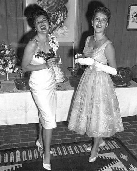 Vestiti degli anni 60 | Vestiti anni 50, Moda anni 50, Fashion party