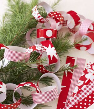 Novelty Christmas Decorations Paper Chains Self Adhesive Traditional Christmas eBoutik Make Your Own Traditional Christmas Paper Chain Kit
