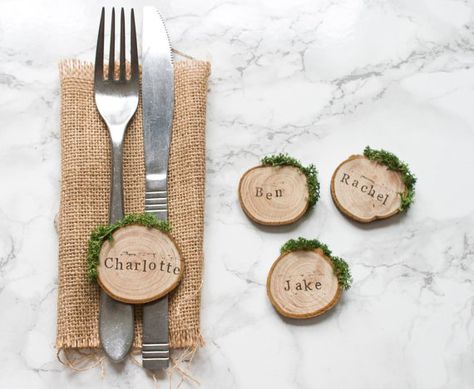 Rustic Wedding Place Cards, Wooden Place Name Settings, Wood Slice Moss Wedding Favours, Natural Woodland Table Decor, Woodsy Escort Cards