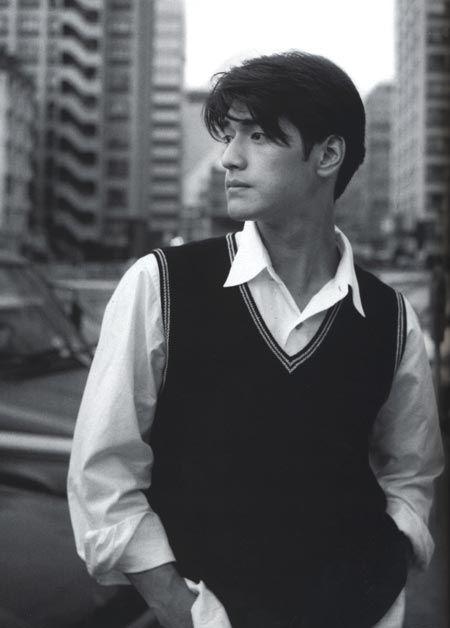 Takeshi Kaneshiro in black and white photo