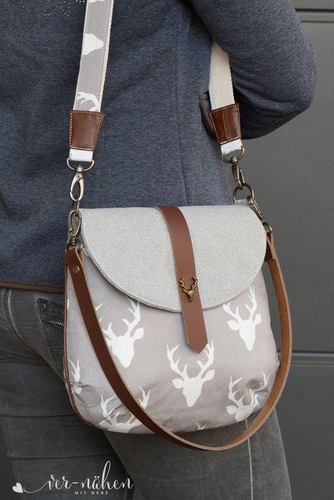 Bohobag Bohania von Hansedelli im Trachtenlook Diy Bags Purses, Purses And Handbags, Women's Bags, Boho Bags, Linen Bag, Fabric Bags, Girls Bags, Womens Purses, Zipper Bags