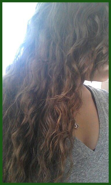 Wavy Hair For Curly Hair Girls After Shower With Damp Hair Braid Into French Braids And Sleep Wake Up In The Mor In 2020 Damp Hair Styles Curly Hair Styles Wavy Hair