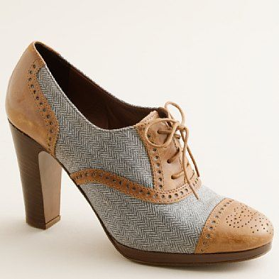 I can picture these with pin-stripe trousers (maybe high-waisted), a crisp white shirt, and suspenders!