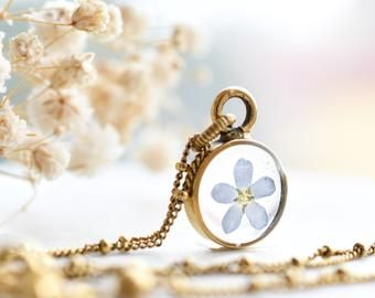 Real Dried Flower Resin Necklace Mini Gold Terrarium Necklace With Colorful Flowers Resin Wedding Jewelry