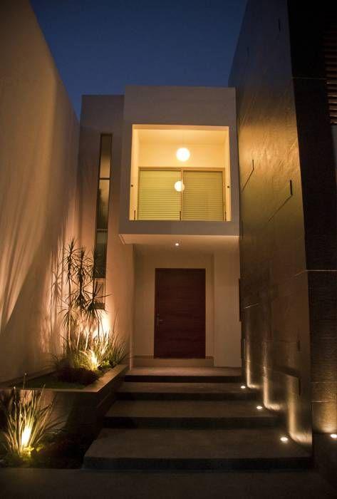 Detalle de acceso casas de estilo moderno por fc3arquitectura