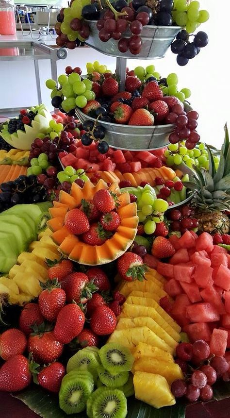 Fruit Tray Ideas For Wedding Display Healthy Snacks 61 Ideas Fruit Buffet Fruit Dishes Food Displays