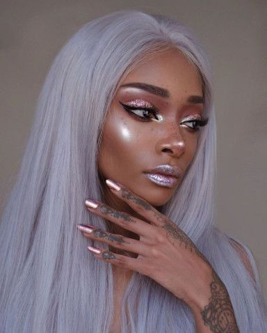 Ethereal Gleam - The Spring Beauty Trend We're Absolutely Living For - Photos