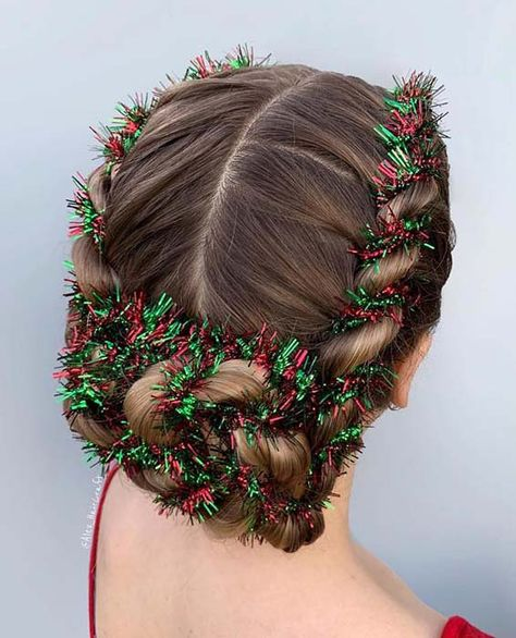 Festive Christmas Hairstyles to Enhance Your Look : To give you some festive hair inspiration, we have found Cute and Festive Christmas hairstyles. There are so many amazing styles and there is something for everyone. Cute Hairstyles, Braided Hairstyles, Hairstyle Short, Wedding Hairstyles, Updo Hairstyle, Wedding Updo, Natural Hair Styles, Short Hair Styles, Christmas Hairstyles