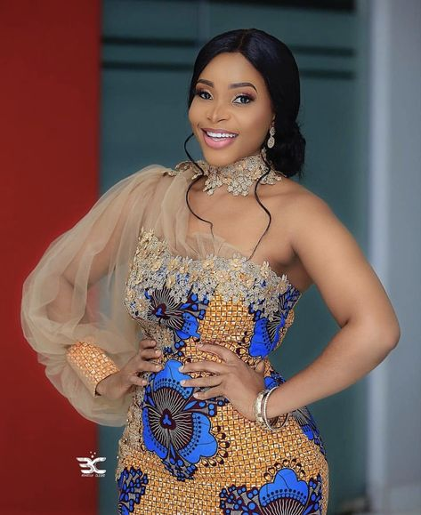 2020 Elegant and Exceptional Ankara Gowns Styles For Beautoful Ladies to check Stunning And Stylish Styles in Vogue Short African Dresses, African Lace Styles, African Print Dresses, African Style, African Fashion Ankara, Latest African Fashion Dresses, African Print Fashion, Nigerian Fashion, Lace Gown Styles
