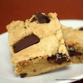 The Allergic Kid: Vegan Blondies and a Review of Enjoy Life Mega Chunks