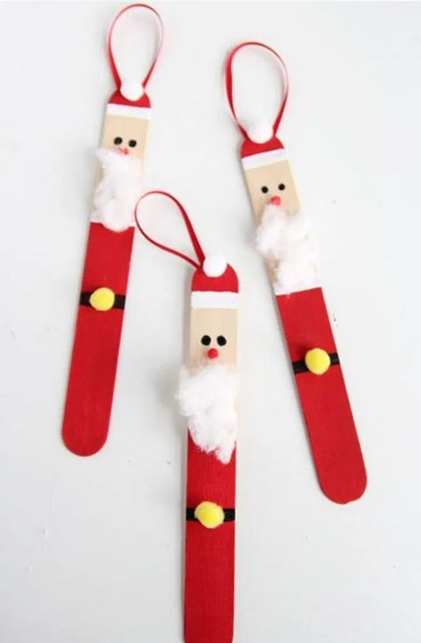 20 Christmas Ornament Popsicle Stick Nutcracker * remajacantik Made with craft sticks and basic craft supplies, this easy wooden popsicle stick nutcracker ornament is a fun holiday keepsake for kids and adults to make. #ChristmasOrnamentIdeas #PopsicleChristmasOrnamentIdeas #ChristmasOrnamentStickNutcrackerIdeas