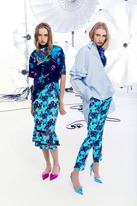 Emanuel Ungaro Resort 2018 Fashion Show Collection