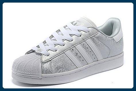 Pin auf Sneakers für Frauen