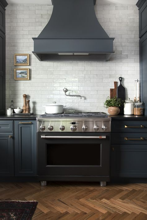 Design Discussion : Hardwoods in the Kitchen