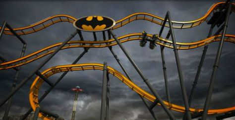 Se inaugura montaña rusa 4-D, con imanes, vuelas como Batman