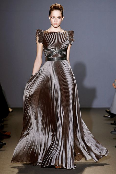 Andrew Gn Fall 2011 Ready-to-Wear Fashion Show - Jefimija Jokic (WOMEN) Source by abaoagchua dresses