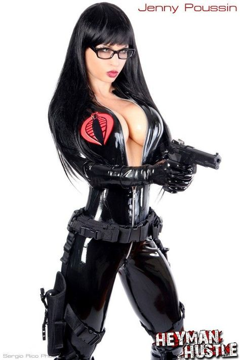 Hit the jump to see French Canadian fitness model and cosplayer, Jenny Poussin, dressed as the villainous 'Baroness' from G. Joe: The Rise of Cobra.