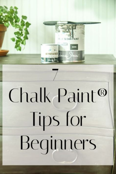 No Fail Chalk Paint Tips for Beginners - Do you have a piece of furniture you want to change? If you are a beginner, chalk paint can be the - Chalk Paint Techniques, Furniture Painting Techniques, Chalk Paint Projects, Painting Tips, Diy Projects, Painting Classes, White Chalk Paint, Chalk Paint Diy, Distressing With Chalk Paint