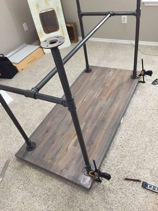 Black Pipe Standing Desk : 8 Steps (with Pictures) - Instructables Industrial Pipe Desk, Vintage Industrial Furniture, Diy Standing Desk, Diy Pipe, Pipe Table, Black Pipe, Pipe Furniture, Diy Desk, Zen Office