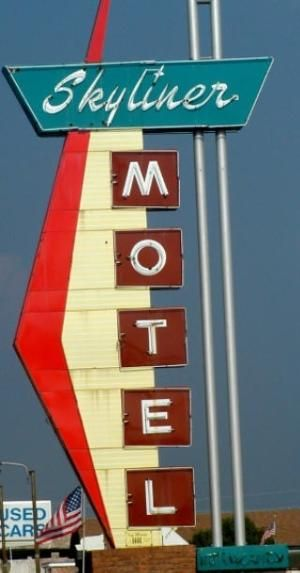 Skyliner Motel, Stroud, OK. One of the many historic hotels along ...