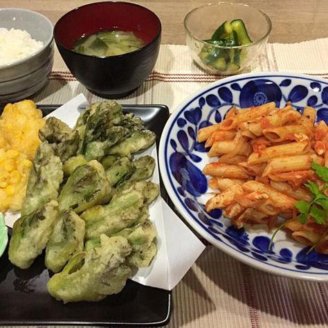 パスタにご飯と味噌汁(笑) - 25件のもぐもぐ - タラの芽天ぷらとコーンかき揚げ・ペンネのクリームトマトソース・キュウリのニンニク醤油もみ漬け・青梗菜とワカメ味噌汁 by ma0327