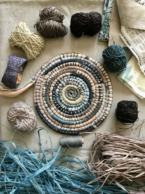 Craft School Oz run highly popular basket weaving workshops in Melbourne, Sydney, Gold Coast teaching Recycled Fabric Basket coiling, Slow Stitching, Creative Business and making Baskets from the Garden. Raffia Crafts, Rope Crafts, Rope Basket, Basket Weaving, Pine Needle Baskets, Craft Stash, Weaving Art, Clothes Crafts, Recycled Fabric