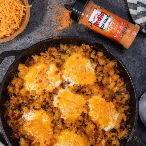 Frank's RedHot was the secret ingredient in the original Buffalo Wings created in Buffalo, NY, in 1964. Now there's another way to give your dishes the perfect blend of flavor and heat – with this versatile shake-on seasoning blend. It's great on French fries, wings, burgers, pizza, pasta … everything!