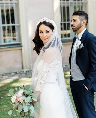 Hochzeit Auf Rittergut Remeringhausen Julia Denis Dzenita Dzamastagic In 2020 Kleid Hochzeit Hochzeit Brautpaar