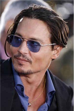 Color : C1 Lzpzz Capit/án del Pirata Johnny Depp Estilo Oval de pl/ástico Gafas de Sol de Moda de los Hombres y Mujeres de Las Gafas de Sol de la Vendimia de gradaci/ón Gafas de Sol de la Lente