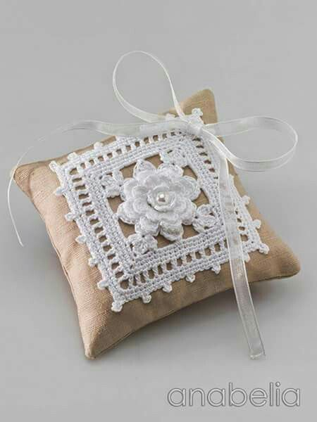 Wedding rings crochet cushion pattern Anabelia Craft Design blog