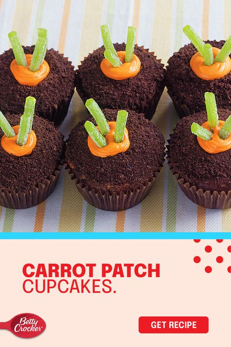 These easy carrot cake cupcakes bring a big dose of adorable to your Easter celebration. Pin this carrot cake recipe to come back to every Easter.