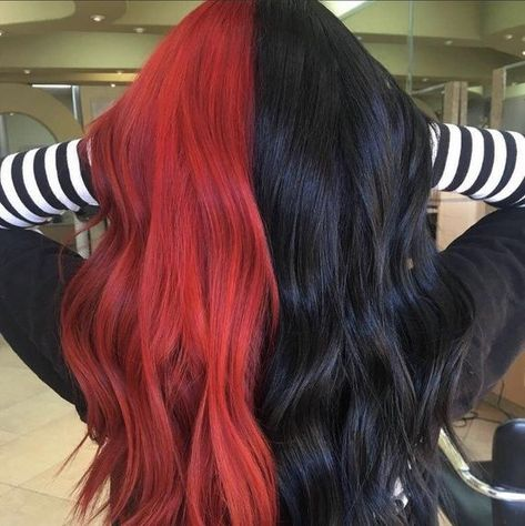 Two Color Hair, Hair Color Streaks, Hair Dye Colors, Hair Color For Black Hair, Cool Hair Color, Black And Green Hair, Red Hair With Black Roots, Edgy Hair Colors, Red Streaks