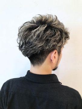 ミレス 石田 海 ウィービングハイライト 髪型 メンズ ツーブロック