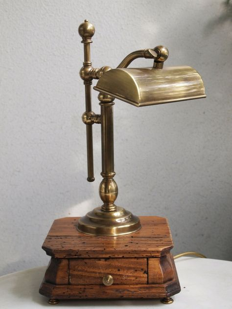 The Height Is Approax 42cm Age Unknown The Lamp Is Fully Functional Used Condition See Pictures This Lamp Is A Very Rare Coll Lampen Antike Und Messing