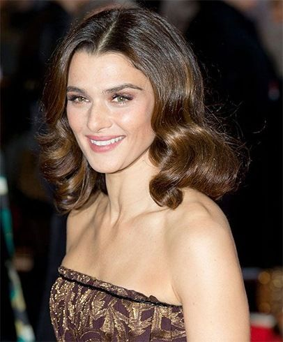 Has Got Medium Length Hair Copy These 12 Celebrity Medium Styles Celebrity Copy Hair Length Medium Styles These