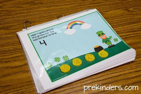 Leprechaun Play Dough Math Mats {free} @ prekinders.com