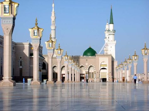 المدينة المنورة Articles And Images About Masjid Madina Mosque