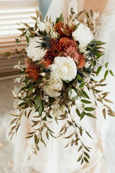 Warm and Romantic Fall Wedding at Cherry Creek Estate | Cherry Creek Estate #wedding #weddingideas #weddingphotographer #weddingphotography #intimatewedding #weddinginspiration #budgetwedding #weddingdetails #RockyMountainWedding #RockyMountainBride #flowers #weddingflowers #weddingbouquet #bouquet