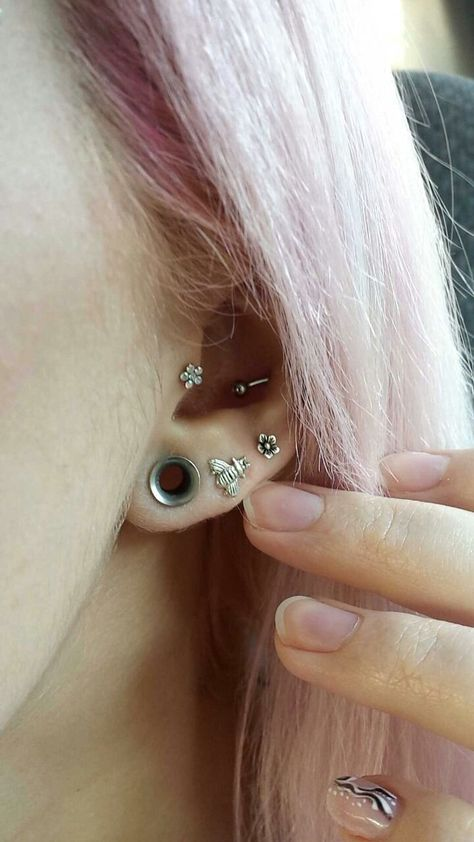 small gauge stretched ears