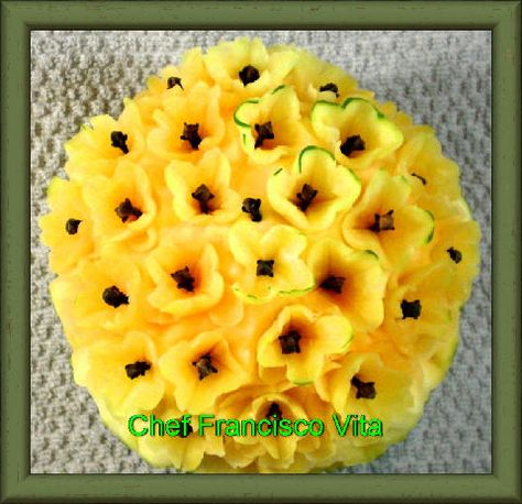 Carving, fruit carving, vegetable carving, Soap Carving.  www.cheffranciscovita.com.br