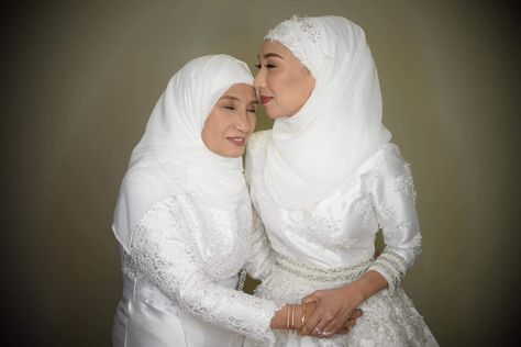 Dr Shagz wearing Gil Macaibay Photo by Roger Nazar Jr Lactao  #gilmacaibay #weddings #weddingsph  #bride #bridalgown #weddingdress #weddinghour #weddingscdo #madetomeasure #timeless #classic #hautecouture #fashion #style #vouge #gilmacaibayfashionstudio #cdo  #fashiondesigner #photography #weddingday  #love #weddingparty #weddingblog #weddingmoments #weddingfashion #MuslimWedding #gilmacaibayfashionstudio