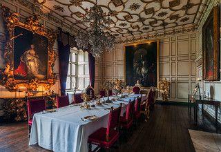 Warwick Castle Dining, Warwick Castle State Dining Room Set