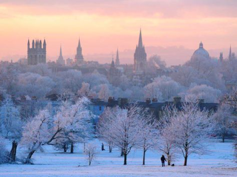 Oxford, England in the snow. This is where I want to be.
