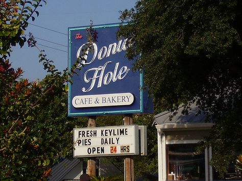 Donut Hole Cafe & Bakery, Destin, Florida, USA.