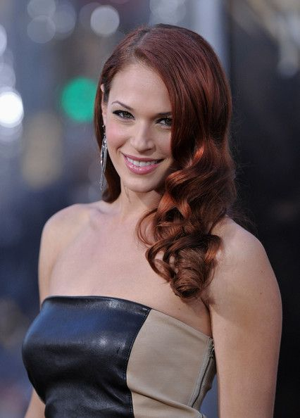 Amanda Righetti Photos Photos Clash Of The Titans Premiere In