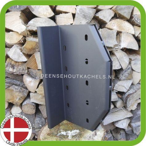 New baffle plate for the classic Danish ABC 7 wood stove. / Nieuwe vlamplaat voor de klassieke Deense ABC 7 houtkachel.